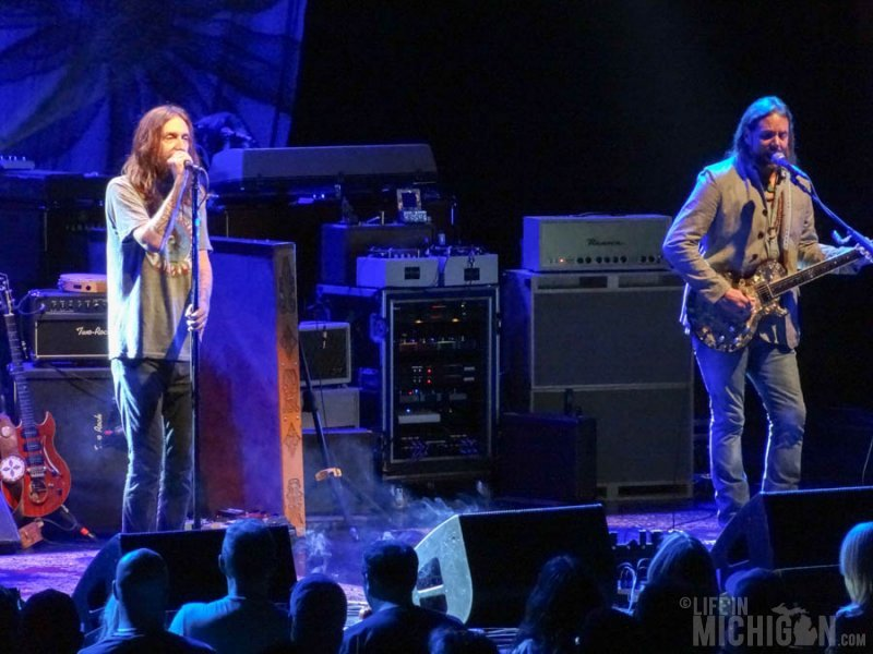 Chris and Rich Robinson - Black Crowes