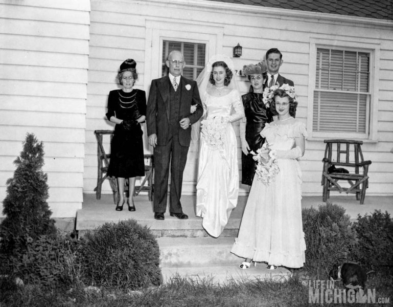 Betty Brown with Parents bridal party Wedding 1947
