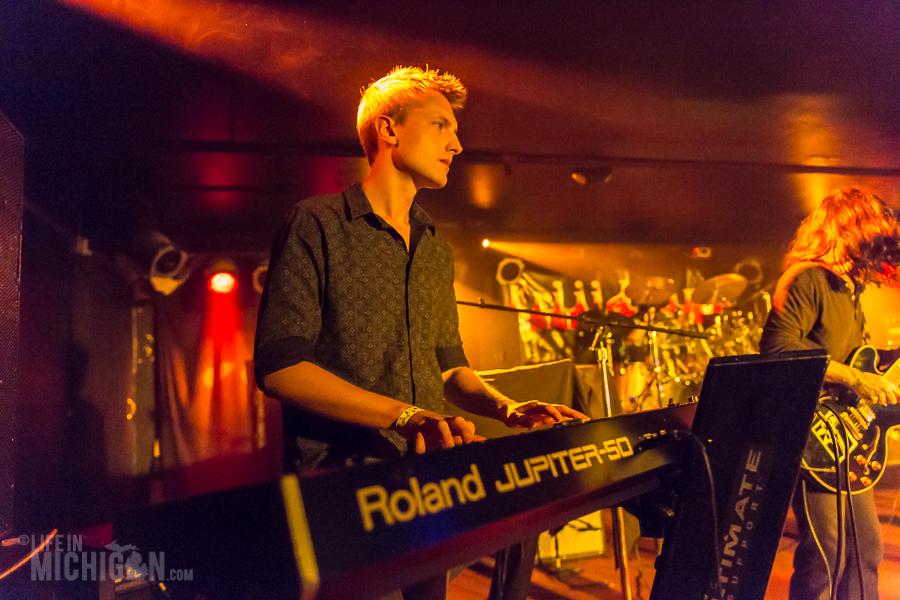 Nina and the Buffalo Riders @ Token Lounge 30-Oct-2015