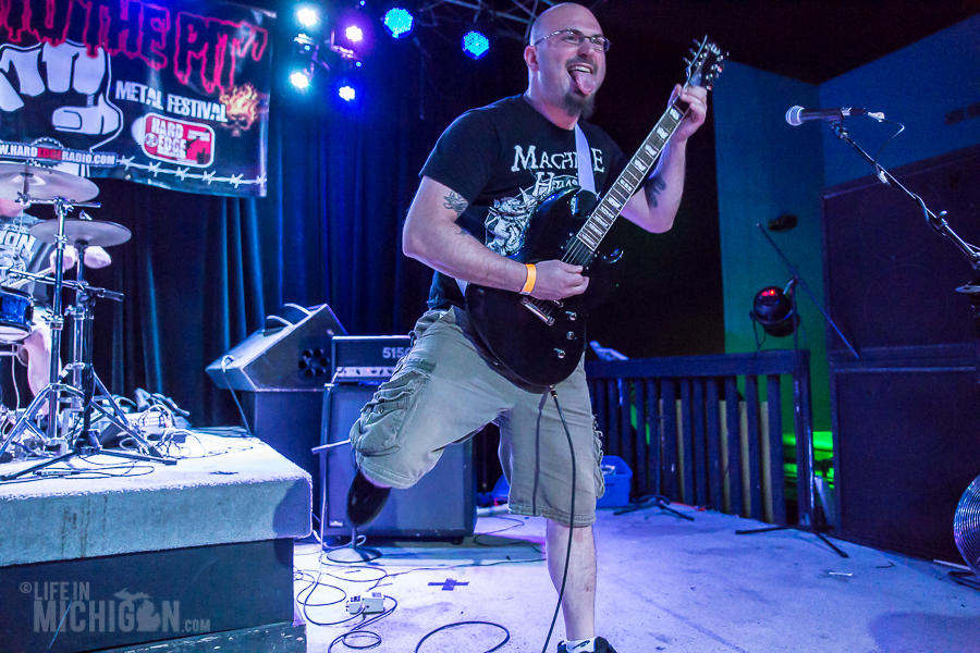 Get Into The Pit 2015 - NoClassAssassins-DieselConcertLounge-Detroit_MI-20150529-ChuckMarshall-004