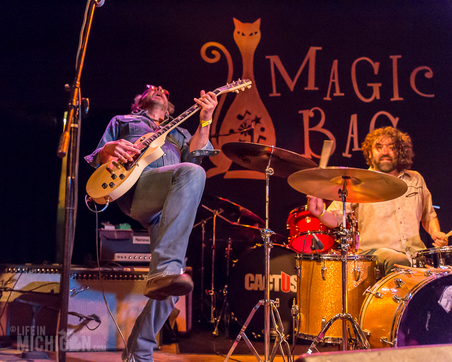 TheMuggs-MagicBag-Ferndale_MI-20150412-28