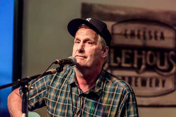 Jeff Daniels at the Chelsea Alehouse