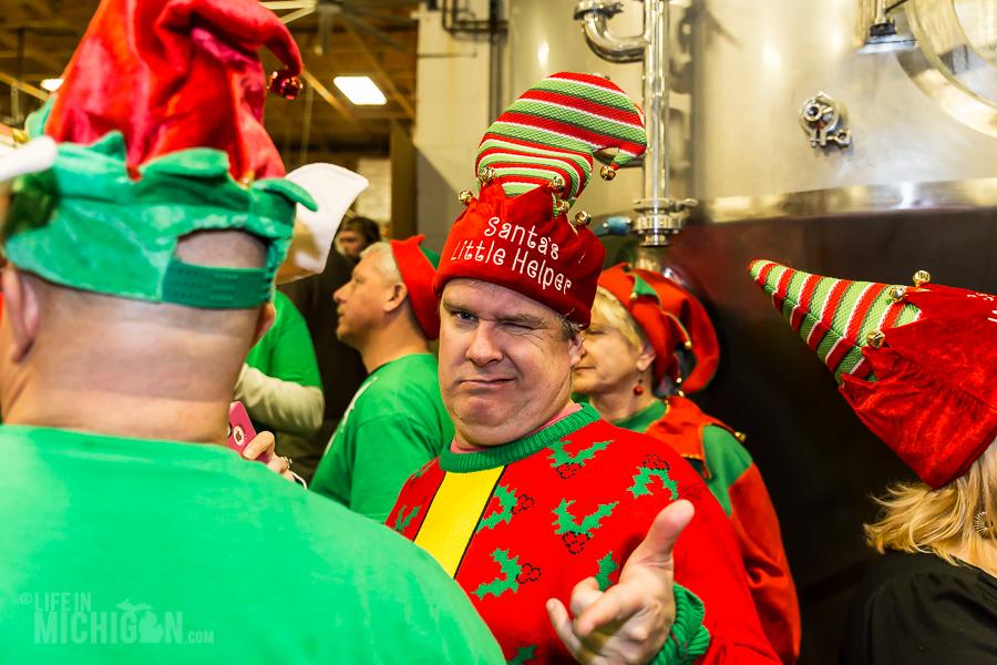 4 Elf Party - Dark Horse Brewing - 2014 -5
