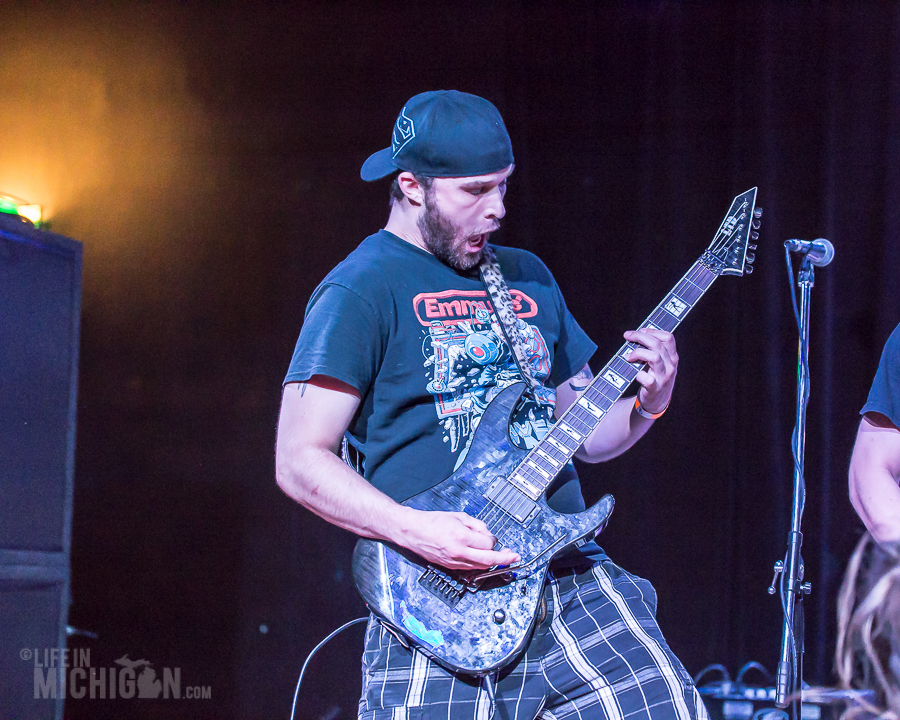 Get Into The Pit 2015 - Absorbed-DieselConcertLounge-Detroit_MI-20150529-ChuckMarshall-008