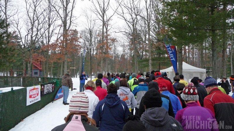 Bigfoot Boogie Snowshoe Race - The Race Begins