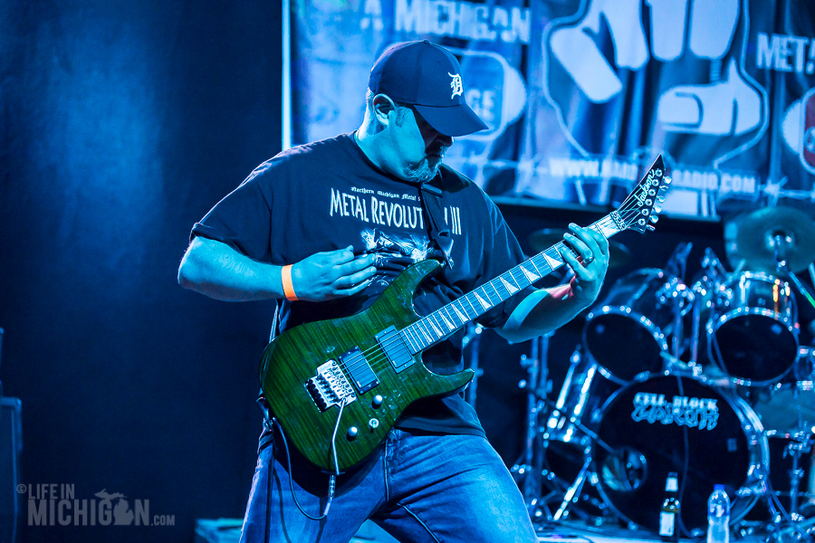Get Into The Pit 2015 - CellBlockEarth-DieselConcertLounge-Detroit_MI-20150529-ChuckMarshall-008
