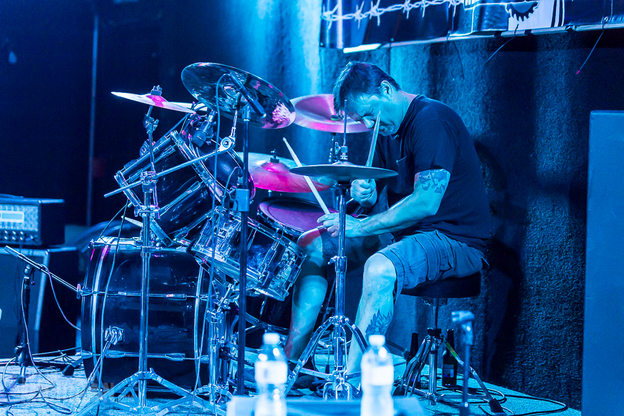 Get Into The Pit 2015 - CellBlockEarth-DieselConcertLounge-Detroit_MI-20150529-ChuckMarshall-009