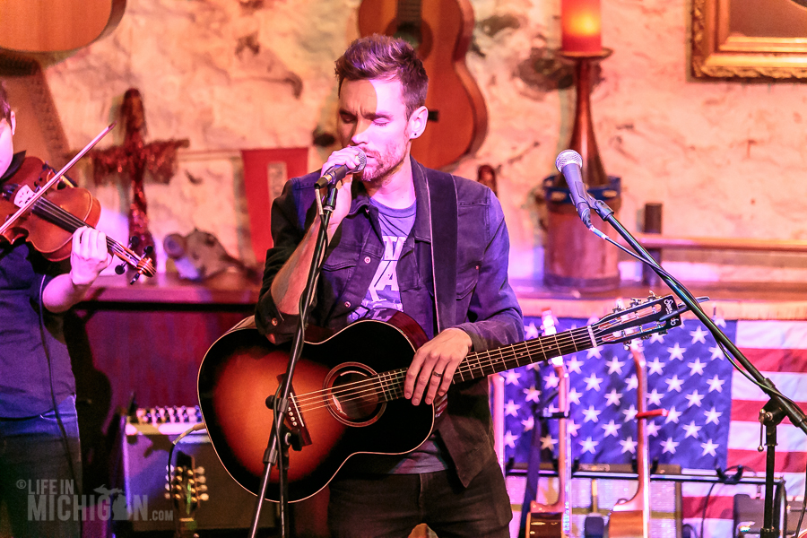 Chris DuPont-JohnnysSpeakeasy-AnnArbor-MI-20160102-ChuckMarshall-019