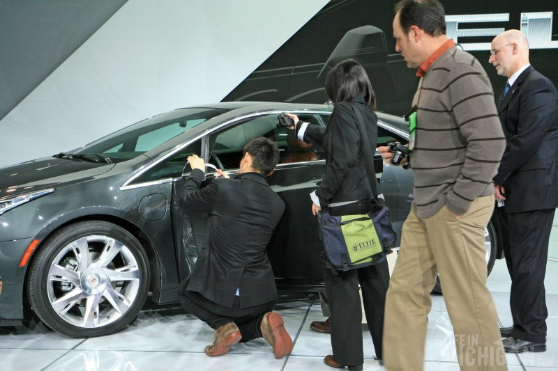 Car nerds attack Cadillac ELR