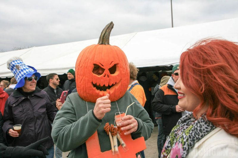 Nice straw pumpkin man!