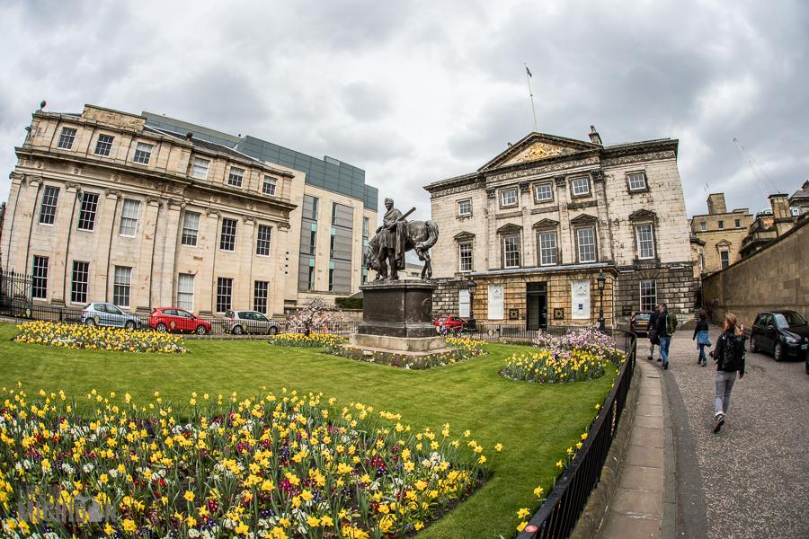 Edinburgh Guided Scotland-17