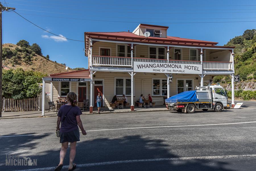 Forgotten-World-Highway-New-Zealand-40