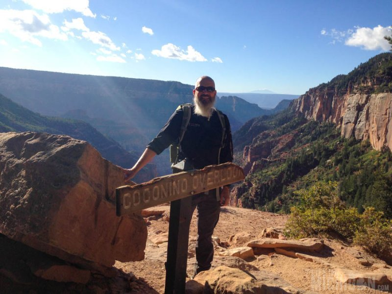 Hiking down the North Kaibab Trail