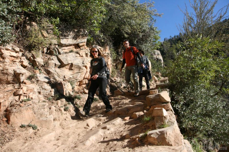 Hiking down the North Kaibab