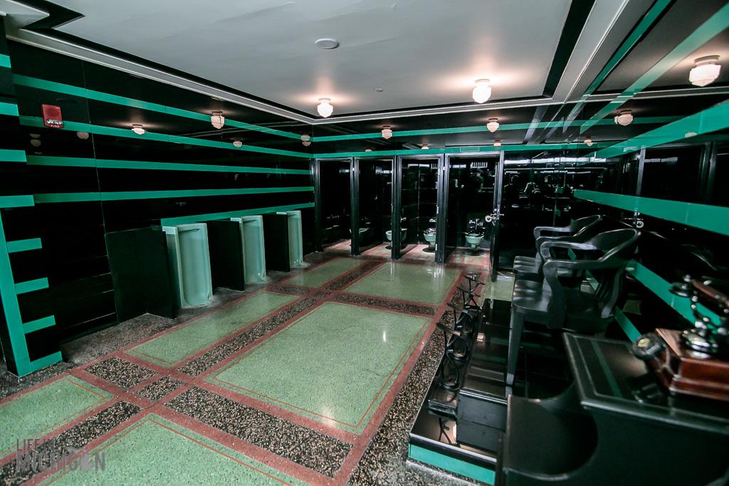 Hermitage Hotel Men's Bathroom