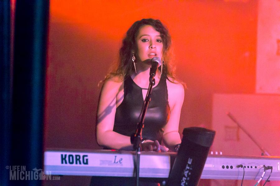 Reign-TokenLounge-Westland_MI-20150313-ChuckMarshall-024
