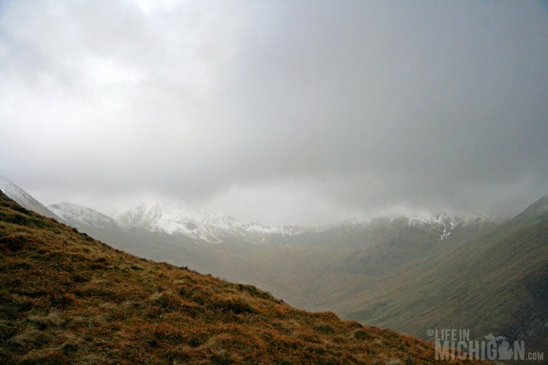 On top of Cnoc Reamhar, looking toward Am Bodach