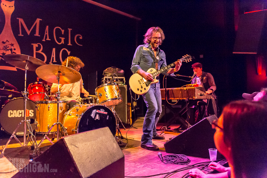 TheMuggs-MagicBag-Ferndale_MI-20150412-25
