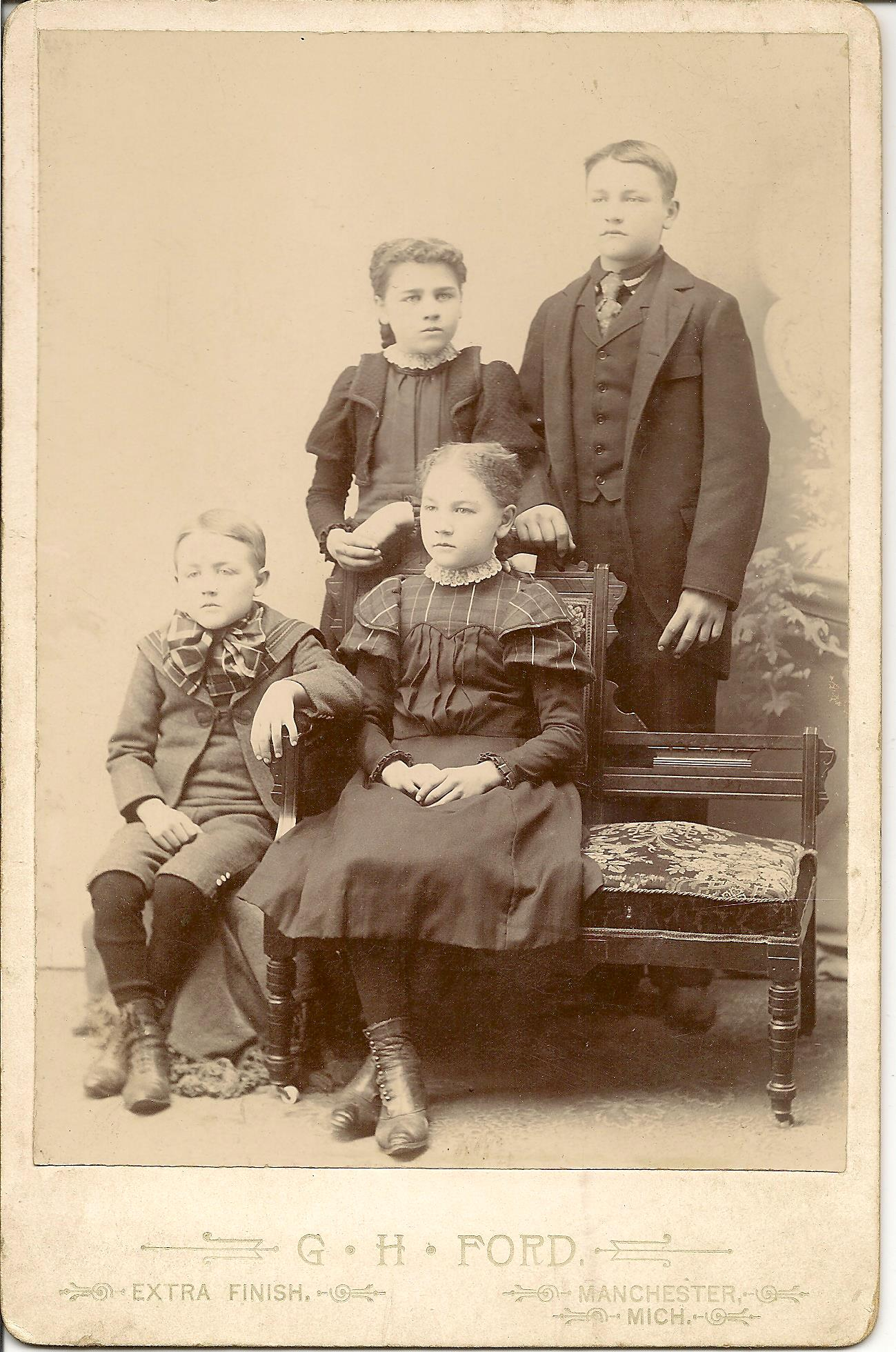 George, Esther, Mable, Reuben Sodt 001