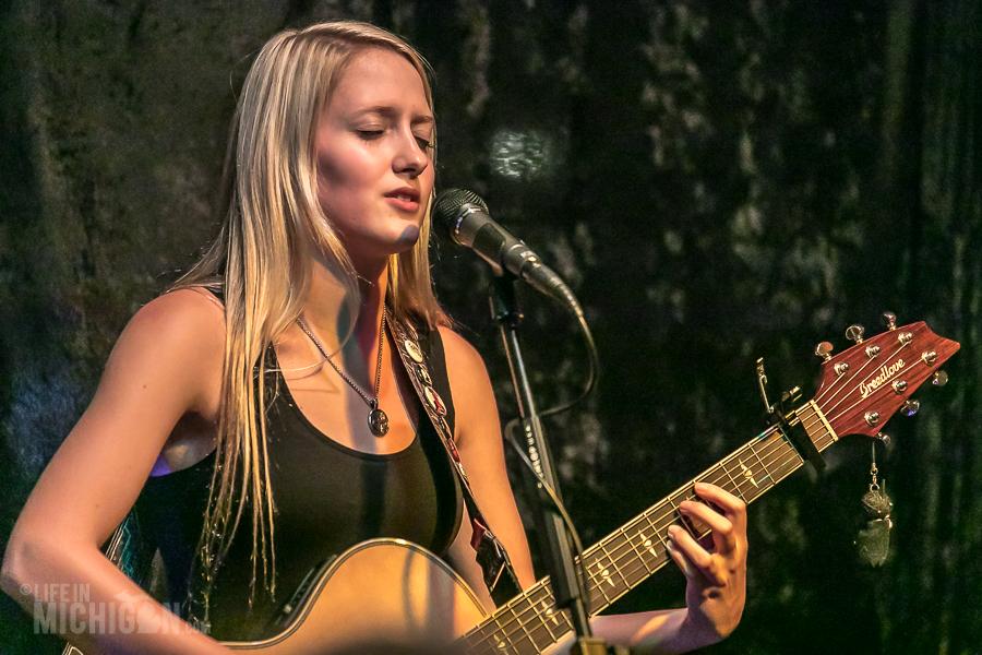 Katelynn Corll at Duke's of Highland